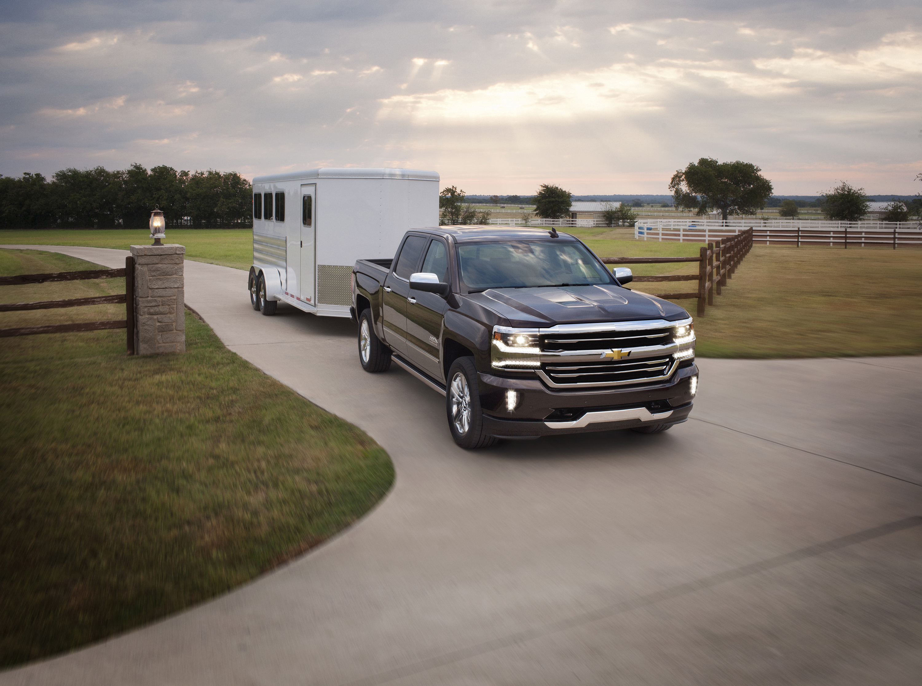 2016 Chevrolet Silverado 1500 High Country with trailer
